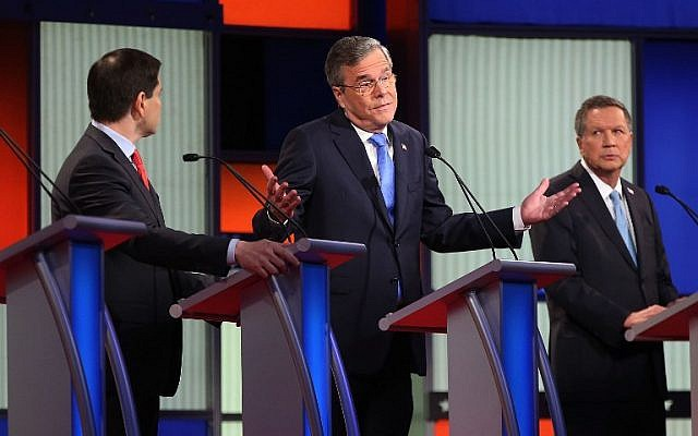 Republican presidential candidates (R-L) Ohio Governor John Kasich, Jeb Bush and Sen. Marco Rubio (R-FL) participate in the Fox News - Google GOP Debate in Des Moines, Iowa, on January 28, 2016. (Scott Olson/Getty Images/AFP)