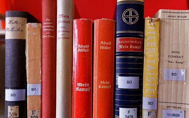 """Several translations of """"Mein Kampf"""" (Institut für Zeitgeschichte/Alexander Markus Klotz)"""