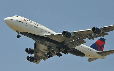 Illustrative photo of a Delta 747-400 jet landing at Ben Gurion Airport, June 2012. (Wikipedia/AF1621/CC BY 3.0)