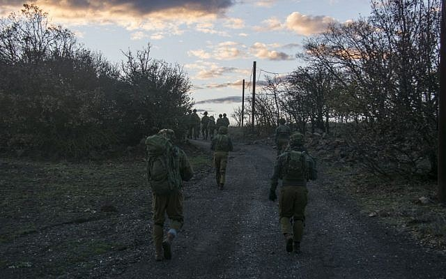 IDF soldiers take part in an exercise in the army's Northern Command on January 20, 2016. (IDF Spokesperson's Unit)