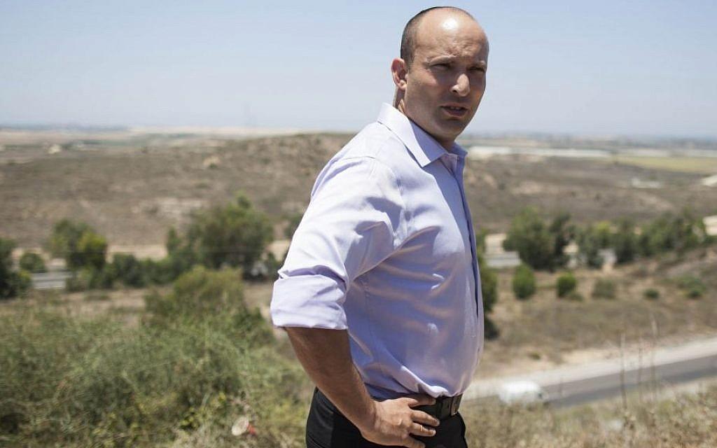 Naftali Bennett on the Israel-Gaza border, on the second day of Operation Protective Edge, July 9, 2014. (Yonatan Sindel/Flash90)
