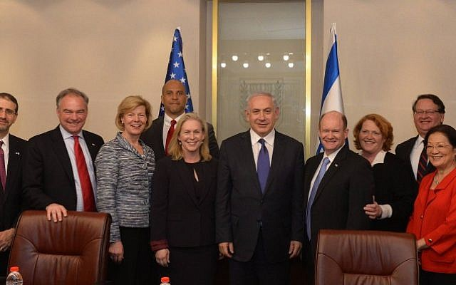 Prime Minister Benjamin Netanyahu meets with a delegation of American Senators, headed by Senator Kirsten Gillibrand, in Jerusalem, on January 6, 2016 (Haim Zach/GPO/Flash90)