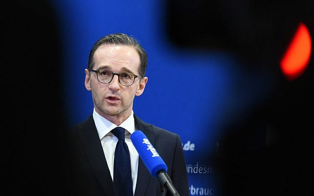 German Justice Minister Heiko Maas delivers remarks on the New Year's Eve assaults in Cologne, Germany, in Berlin, Tuesday Jan. 5, 2016. (Britta Pedersen/dpa via AP)