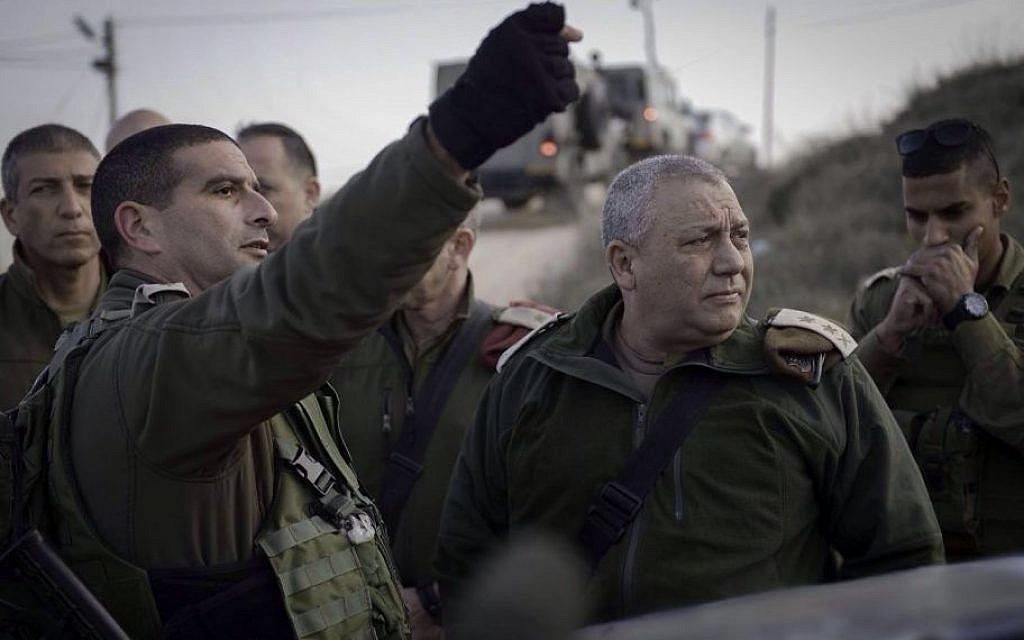 Judea regional Brigade commander Yariv ben Ezra (left) and IDF Chief of Staff Lt. Gen. Gadi Eisenkot near Otniel on Monay, January 18 2016. (IDF)