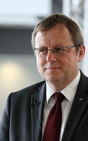 Johann-Dietrich Wörner (DLR/Alejandro Morellon / Wikipedia)