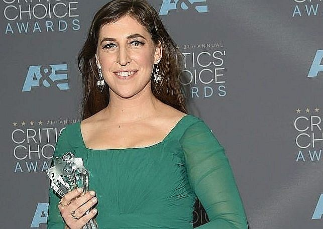 Mayim Bialik responds to Weinstein op-ed critics