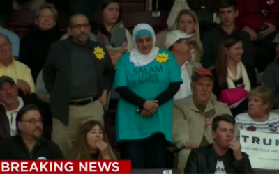 Rosa Hamid and Marty Rosenbluth stage a silent protest at Trump rally, January 8, 2016  (CNN screenshot)