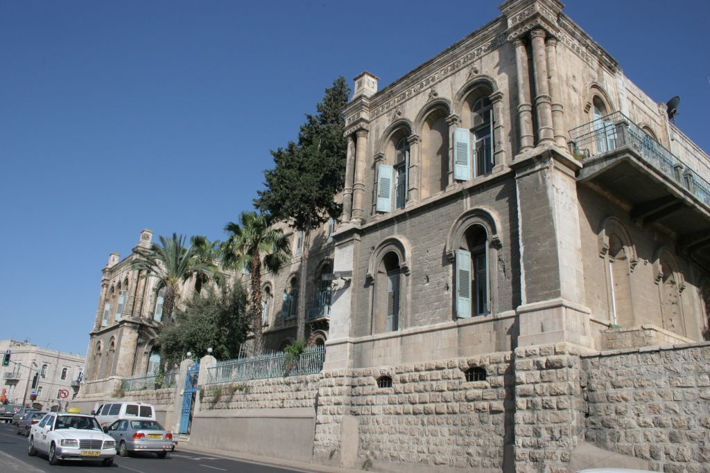 Ancient Atlantic terebinth at the French Hospital facing Jerusalem's Old City (Shmuel Bar-Am)
