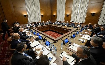 Syria's main opposition group met formally on February 1 for the first time with UN special envoy Staffan de Mistura in Geneva for talks aimed at ending the country's civil war. (FABRICE COFFRINI / AFP)