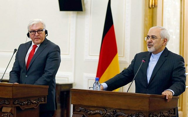 Iran's Foreign Minister Mohammad Javad Zarif (right) and his German counterpart, Frank-Walter Steinmeier, during a meeting on February 2, 2016, in Tehran. (AFP/Atta Kenare)