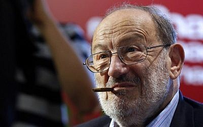 Italian author Umberto Eco in Paris on May 12, 2015 (AFP / FRANCOIS GUILLOT)