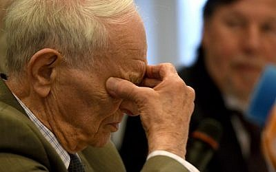 This file photo taken on February 10, 2016 shows former Auschwitz survivor Justin Sonder at a press conference in Detmold, western Germany, ahead of a trial of former SS officer Reinhold Hanning. (Patrik Stollarz/AFP)