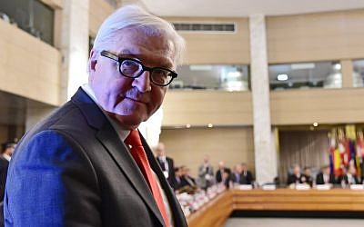 German Foreign Minister Frank-Walter Steinmeier attends an anti-Daesh summit. (AFP PHOTO / ALBERTO PIZZOLI)