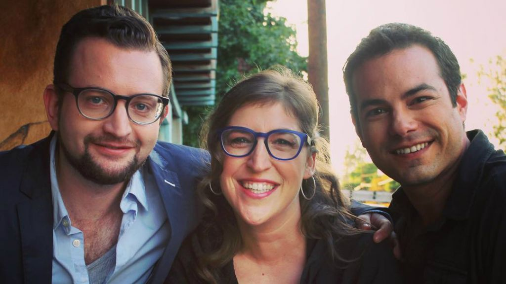 Mayim Bialik (center) on the set with 'YidLife Crisis' creators and stars Eli Batalion (left) and Jamie Elman. (Courtesy)