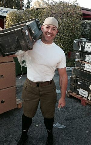 Brian Mast volunteers with the IDF, Tel Hashomer, January 2015. (Courtesy of Brian Mast for Congress)