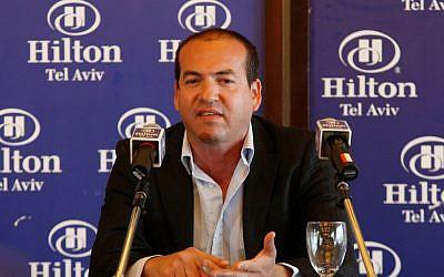 Retired soccer star Eyal Berkovic in 2010 (Roni Schutzer/Flash90)