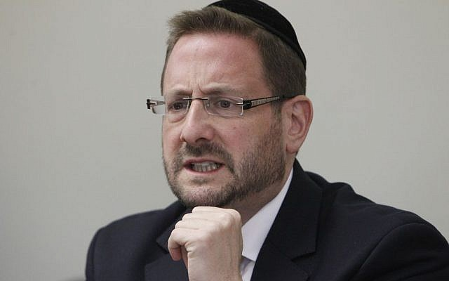 Then-MK Dov Lipman during a Yesh Atid party meeting in the Knesset, January 6, 2014. (Miriam Alster/Flash90)
