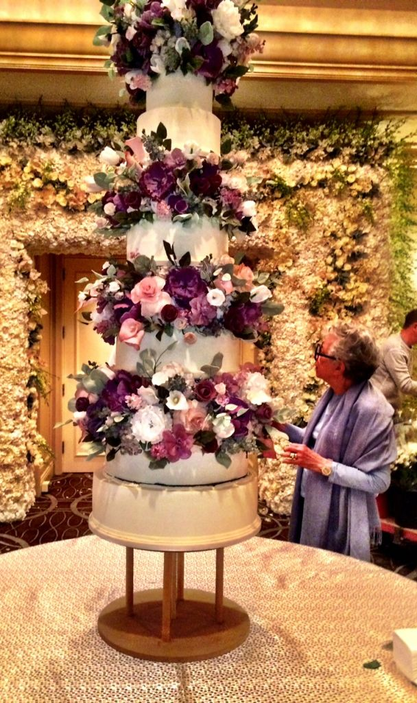 new york wedding cakes sylvia at 86 ny s of cakes still sits sweetly on 17839
