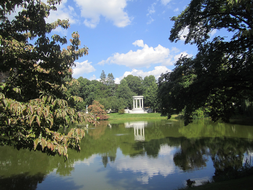 Mount Auburn Cemetery in Cambridge, Massachusetts, with the monument for Mary Baker Eddy seen across the pond in 2014 (Matt Lebovic/The Times of Israel)