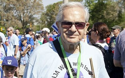 Sam Hershenhorn, 90, at the 2015 Walk for Israel, an 8km fundraising stroll in downtown Toronto. (courtesy)