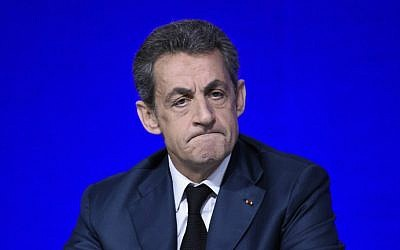 French right-wing Les Republicains (LR) party President, Nicolas Sarkozy attends the LR National Council on February 14, 2016 in Paris. (AFP PHOTO / LIONEL BONAVENTURE)