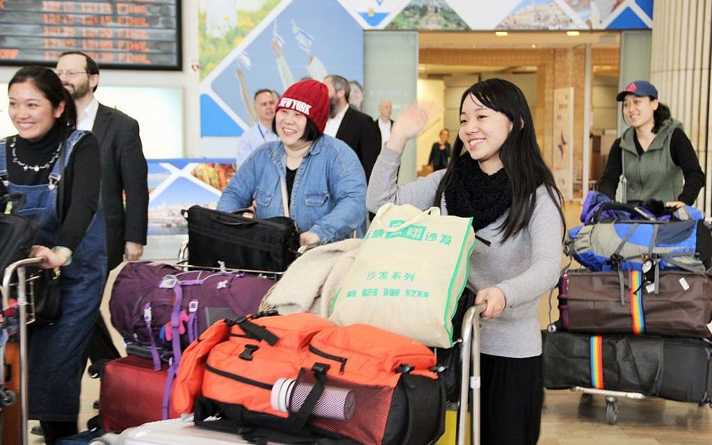 New immigrants to Israel arrive from Kaifeng, China, on February 20, 2016. (Laura Ben-David / Courtesy of Shavei Israel)