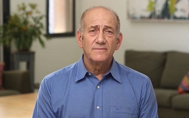 Former prime minister Ehud Olmert addresses Israelis in a video released hours before he was slated to begin serving out his prison sentence, on Monday, February 2, 2016. (screen capture: YouTube)