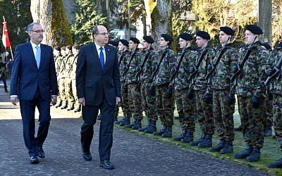 Defense Minister Moshe Ya'alon in Switzerland, February 11, 2016. (Ariel Hermoni/Defense Ministry)