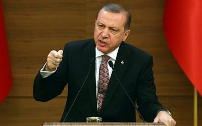Turkey's President Recep Tayyip Erdogan attends the monthly Mukhtars meeting (local administrators) at the Presidential Complex in Ankara on February 10, 2016. (ADEM ALTAN / AFP)