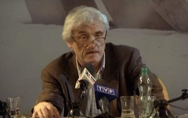 Poland-born Jewish American historian Jan Tomasz Gross speaks to Polish media on August 28, 2015. (screen capture: YouTube)