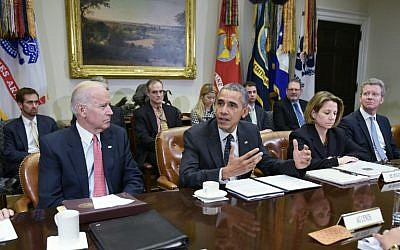 US President Barack Obama speaks during a meeting with members of his national security team on cyber-security, February 9, 2016. (AFP/Mandel Ngan)