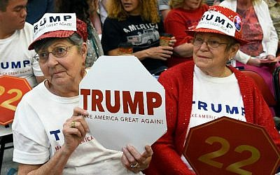 Marjie Burdett (L) and Diane Pastorino, both of Nevada, attend a rally for Republican presidential candidate Donald Trump at the South Point Hotel & Casino on February 22, 2016 in Las Vegas, Nevada (Miller/Getty Images/AFP)