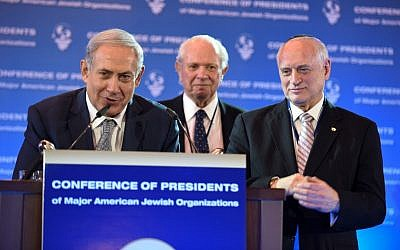 Illustrative: Prime Minister Netanyahu with the Conference of Presidents of Major American Jewish Organizations Chairman Stephen M. Greenberg (center) and Executive Vice Chairman/CEO Malcolm Hoenlein at the opening of the organization's 42nd Leadership Mission, February 14, 2016. (Avi Hayoun)