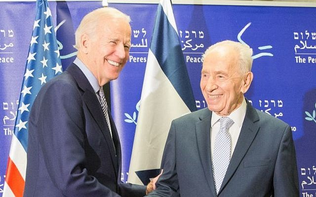 US Vice President Joe Biden meets with former president Shimon Peres in Jaffa on March 8, 2016. (Peres Peace Center)