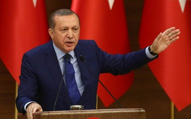 Turkish President Recep Tayyip Erdogan gestures as he delivers a speech at a meeting of local government heads at the Presidential Complex in Ankara on March 16, 2016. (Adem Altan/AFP)