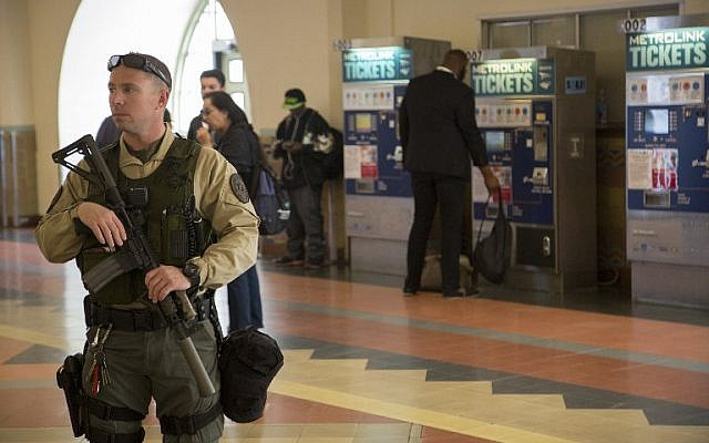 A Los Angeles County Sheriffs deputy patrols Union Station train hub as security is heightened in reaction to bomb attacks in Brussels, Belgium on March 22, 2016 in Los Angeles, California. (David McNew/Getty Images/AFP)