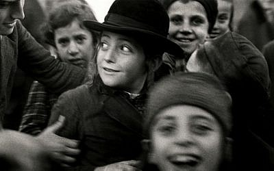 Photograph by Roman Vishniac of Jewish schoolchildren in Mukacevo, Eastern Europe, in the 1930s. (© Mara Vishniac Kohn, courtesy International Center of Photography)