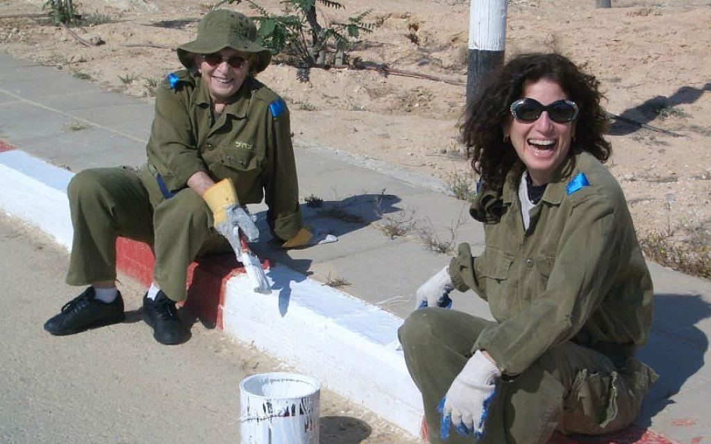 Mildred and Gayle Kirschenbaum volunteering on an IDF base. (Kirschenbaum Productions)