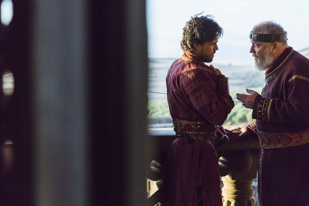 Actors Olly Rix (left) and Ray Winstone in 'Of Kings and Prophets' (ABC/Trevor Adeline)