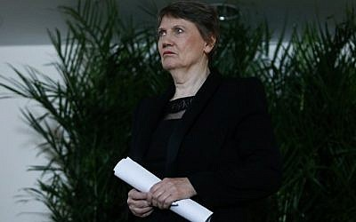 Former New Zealand Prime Minister Helen Clark arrives at a press conference at Permanent Mission of New Zealand to the United Nations in New York on April 4, 2016. (AFP / KENA BETANCUR)