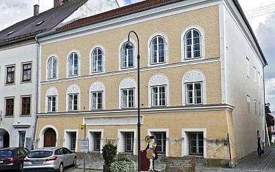 This photo taken on September 20, 2012, shows the house were Adolf Hitler was born in Braunau, Austria. (AFP PHOTO/APA/MANFRED FESL)