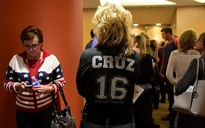 Supporters of Republican presidential hopeful Ted Cruz wait for entry to a rally in Irvine, California on April 11, 2016.(AFP PHOTO / FREDERIC J. BROWN)