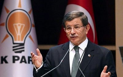 Then-Turkish Prime Minister Ahmet Davutoglu delivers a speech during a meeting in Ankara on April 27, 2016. (AFP/Adem Altan)