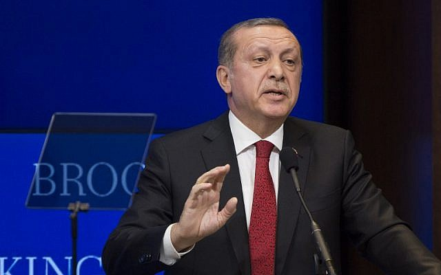 Turkish President Recep Tayyip Erdogan speaks at the Brookings Institution in Washington, DC, on March 31, 2016. (Drew Angerer/Getty Images/AFP)