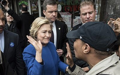 Democratic presidential candidate Hillary Clinton campaigns on April 7, 2016 in the Bronx borough of New York City. (Andrew Renneisen/Getty Images/AFP)