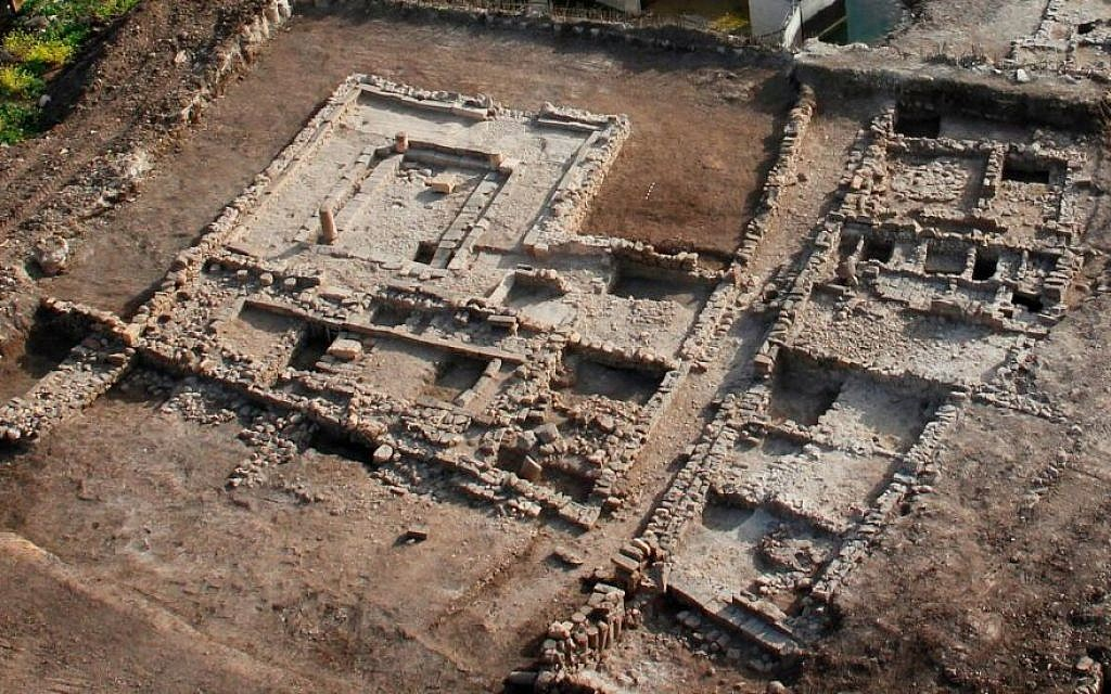 An aerial view of the Magdala synagogue uncovered in excavations conducted by the Israel Antiquities Authority. (Skyview Company, courtesy of the Israel Antiquities Authority)