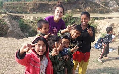 Israeli trekkers spend a month volunteering in Manegau village, which was devastated in the 2015 earthquake that hit Nepal. April 2016 (Iddo Gefen)