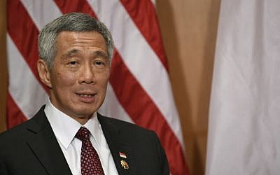 Singapore Prime Minister Lee Hsien Loong speaks during his meeting with President Barack Obama in Kuala Lumpur, Malaysia, Sunday, November 22, 2015 (AP Photo/Susan Walsh)