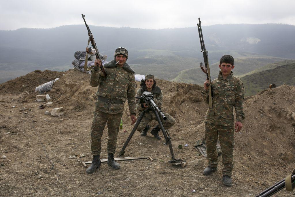 Azerbaijan-Armenia_Horo.jpg