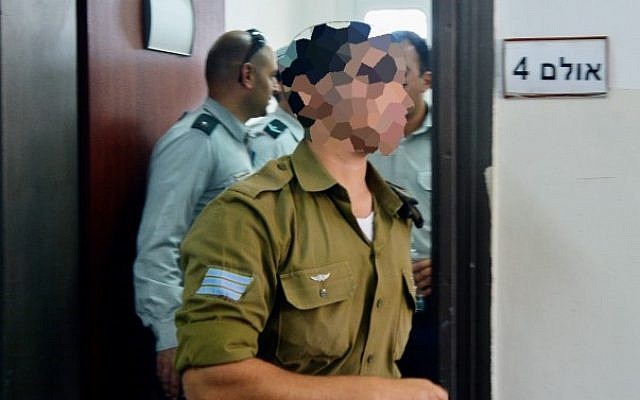 An Israeli soldier who shot a Palestinian terrorist in Hebron at a military court hearing in Jaffa on April 7, 2016. (Flash90)